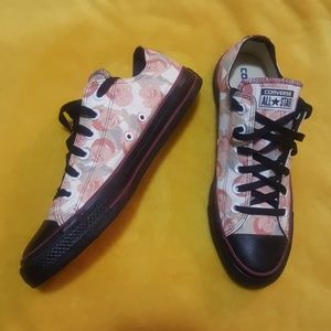 Converse LIMITED EDITION floral print sneakers